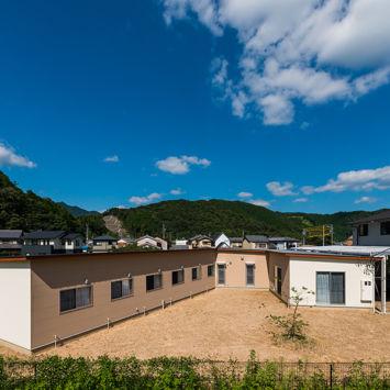 小規模多機能型居宅介護事業所「にじ」